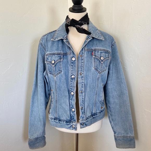 90s Levis Denim Jacket